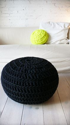 Pouf Crochet  Thick Cotton  Black by lacasadecoto on Etsy