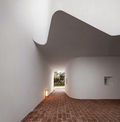 The Style Examiner: Ecorkhotel in Évora, Portugal, by José Carlos Cruz Architect