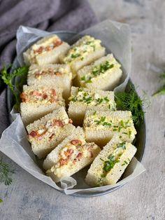 Cilantro, Potato Salad, Sandwiches, Potatoes, Ethnic Recipes, Blog, Bacon Egg, White Bread, Greek Yogurt