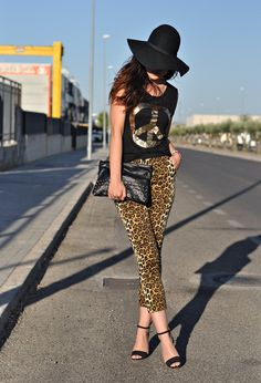 Love Shopping and Fashion Blog: Peace and leopard