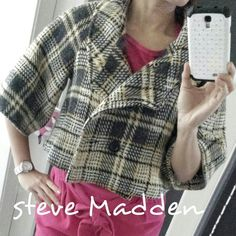 Cute Steve Madden peacoat Steve Madden Cropped peacoat W/button jacket coat hipster size. Only worn once. Beautiful fashion coat. Excellent condition. Steve Madden Jackets & Coats