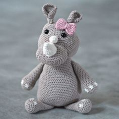 Drops Design, Crochet Animals, Animals And Pets, Free Crochet, Dinosaur Stuffed Animal, Crochet Patterns, Toys, Argo, Diy Ideas