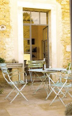 Décor de Provence: Incorporate small dining on pool terrace-outside of kitchen?