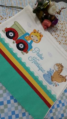 Applique, Baby Embroidery, Baby Boy Rooms, Baby Sewing, Burp Cloths, Baby Quilts, Machine Embroidery Designs, Cuddling, Diy And Crafts