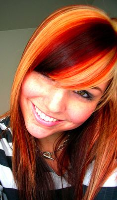 """yellows and red hue streaks in her hair Love her hair! => SOURCE: White Hamilton """"Hair and Style . Funky Hairstyles, Pretty Hairstyles, Fire Hair, Beauty And Fashion, Natural Hair Styles, Long Hair Styles, Hair Color And Cut, Hair Dos, Mo Hair"""