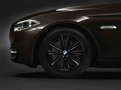 BMW 5 Series Touring, 530d xDrive, Winter complete wheel sets 17'' light-alloy wheel V-spoke 236