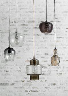 Simple & Beautiful! Deze subtiele hanglampen zijn afkomstig van het Deense…