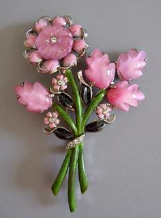Coro Pink Glass Flower pin