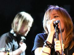 Beth Gibbons (born 4 January is an English singer and songwriter best known as the singer and lyricist for the iconic English band Portishead. Music Love, Listening To Music, Music Is Life, Beth Gibbons, Gangster Rap, Barcelona, Nostalgic Images, Serge Gainsbourg, Trip Hop