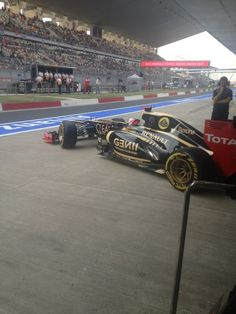Green light and we're back out on track | Image by Lotus F1 Team | 2012