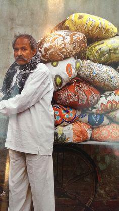 The colours of India. Hedgeroe.com Bangles, Colours, India, Jewelry, Fashion, Bangle Bracelets, Jewellery Making, Jewlery, Jewelery