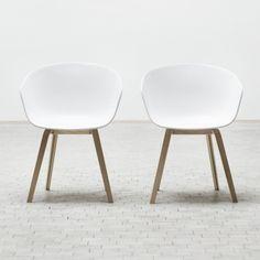 About A Chair tuoli, valkoinen
