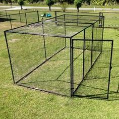 Outdoor Cat Pen from Purrfect fence of flared & ground-staked steel grid fencing for additional predator protection down at the bottom -- can that be buried? Outdoor Cat Pen, Outdoor Cat Playpen, Outdoor Cat Enclosure, Cat Fence, Dog Kennel Cover, Bird House Kits, Cat Condo, Cat Room, Feral Cats