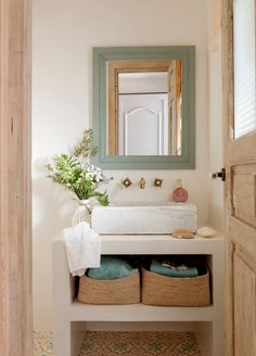 Home Diy, Wood Bedroom, Small Bathroom, Bathroom Interior, Bathroom Decor, Home Decor, House Interior, Washbasin Design, Home Deco