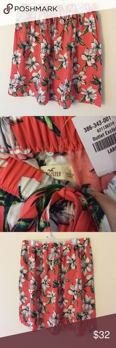 Hollister Floral peach skirt NWT NWT beautiful floral skirt. Stretchy waistband, light weight and great for summer. Waist: (unstretched) 14, full length: 17. Material: 100% viscose. Please submit an offer if interested. *ship same/ next day *no holds/ trades Hollister Skirts Midi