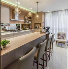 The Little-Known Secrets to The Main Guide to Kitchen Floor Ideas and Materials of Your Dreams - homeuntold Kitchen Room Design, Interior Design Living Room, Kitchen Decor, Küchen Design, House Design, Modern Grey Kitchen, Shabby Chic Kitchen, Kitchen Living, Apartment Design
