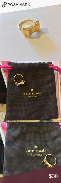 1 HR SALE price drop!!! Kate Spade Bow Ring SZ 6 Barely worn! Gold Bow Kate Spade ring size 6! With Dust bag included! Perfect classy ring. No scratches. kate spade Jewelry Rings