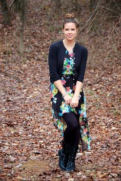 Cute outfit, my teen daughter would love this!  Teen modesty.....beautiful