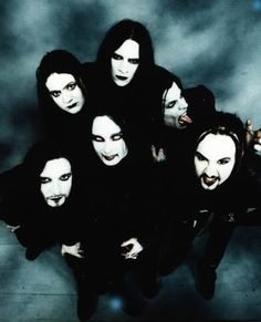 Cradle Of Filth - Danny looks like the Predator monster now. Weird.