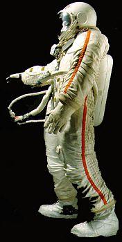 Berkut EVA suit Alexi Leonov style
