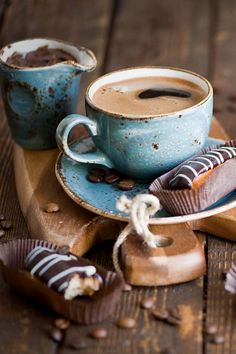 Principales propiedades del café descafeinado    El universo del café es más diverso de lo que imaginamos. Hay, por ejemplo, vida más allá ... #cafe #coffee #descafeinado #decafe  #decafelife #decafeneited