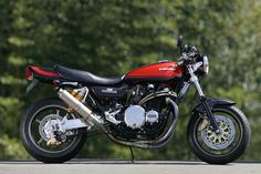 The legendary Kawasaki Z1 had a little brother, the Z2. (A better behaved little brother, no doubt.) You'd be hard pressed to tell these Zeds apart: pretty much everything was the same on both bikes, apart from the internals of that glorious DOHC engine. Kawasaki… Read more »