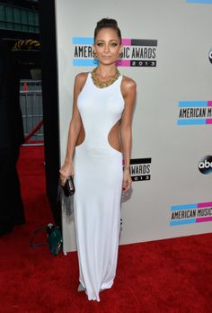 Nicole Richie Pops Up at the American Music Awards: Nicole Richie arrived at the 2013 American Music Awards.