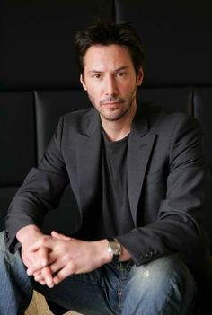 Keanu Reeves.....DEAR LORD LET ME BE A CONTESTANT ON JEOPARDY THE DAY THEY MAKE KEANU A CATEGORY