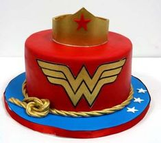 Birthday Cakes NYC - Wonder Woman Custom Cakes Add twizzlers as lasso and spray with gold edible spray paint Birthday Cake Nyc, Birthday Cakes For Women, Birthday Treats, Birthday Cake Girls, 7th Birthday, Wonder Woman Birthday Cake, Wonder Woman Cake, Wonder Woman Party, Superhero Cake