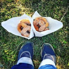 Apple doughnuts for the first day of fall. Wish I had smellaphoto. #applehill…