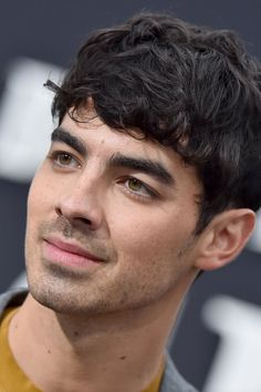 Joe Jonas Bleached His Hair Blond and Got a Buzz Cut Kaia Gerber, Joe Jonas, New Dads, Weekend Is Over, Instagram Story, Her Hair, Men's Style, Blond