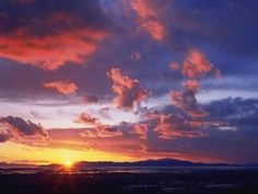 Proshots - Sunset Over the Great Salt Lake, Utah - Professional Photos from Webshots