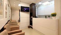 CLASSICLÍNICA - Clínica de Ginecologia com 2 salas de consulta, espera, copa e WC. Logotipo e papelaria. Área: 38m².