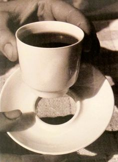 MONDOBLOGO: women of the bauhaus:Marguerite Friedlaender-Wildenhain Model of an airplane cup 1932