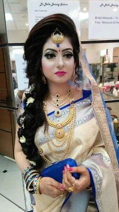 Pin by Julia Akter on Asian Bridal Wedding Looks in 2019 Bengali Bridal Makeup, Bridal Makeup Looks, Pakistani Bridal, Wedding Makeup, Indian Wedding Bride, Indian Wedding Outfits, Saree Wedding, Indian Outfits, Wedding Dress