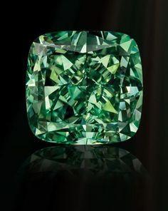 BLACK, STARR & FROST Fancy Vivid Green Diamond.