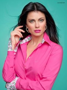 Satin Blouses, Shirt Blouses, Classy Outfits, Stylish Outfits, Button Up Shirt Womens, I Dress, Shirt Dress, Casual Couture, Sewing Shirts