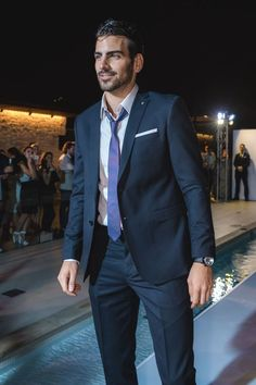 Menswear and suits compendium Beautiful Boys, Gorgeous Men, Runway Fashion, Mens Fashion, Fashion Suits, High Fashion, Nyle Dimarco, Costume Sexy, America's Next Top Model