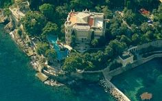 The Mansion of another millionaire that gives donations to those less fortunate. Visit us at BillionaireMailingList.com for their address! Rich People, Billionaire, River, Mansions, World, Outdoor, Outdoors, Rivers, Luxury Houses