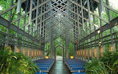 thorncrown-chapel-interior