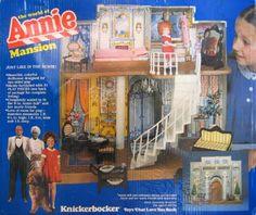 Knickerbocker The World of Annie MANSION w Furniture - Little Orphan Annie Playset (1982), http://www.amazon.com/dp/B003R2N4YC/ref=cm_sw_r_pi_awdm_b8SHub1MEP9DJ