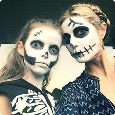 Gwyneth-Paltrow's-Skeleton-Look