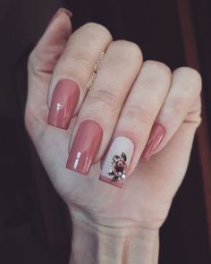 Dicas para unhas lindas e bem decoradas. Square Nail Designs, Nail Art Designs, Fancy Nails, Pink Nails, Nailart, Nagellack Design, Butterfly Nail, Pretty Nail Art, Beautiful Nail Designs