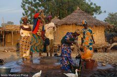 Una foto de Mali: Sacando agua del pozo