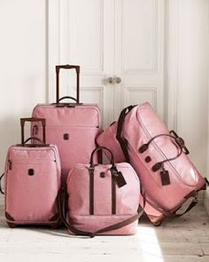 pink luggage in case I haven't already pinned this.. Haha