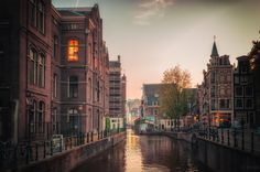 Love me in Amsterdam by Inviv0  on 500px