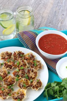 Mini Taco Cups :: Easy to make - easy to eat! Great for any occasion! #appetizer #tacocupsrecipe