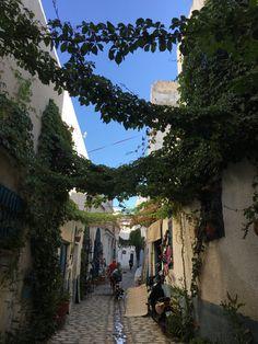 "tunisienne: "" La Medina, Tunis, Tunisia. """