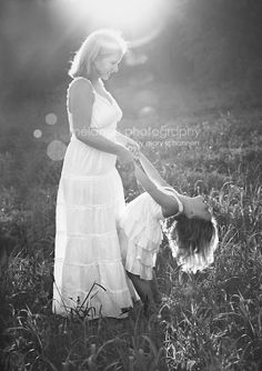 Melange Photography - Mother Daughter Pose -- possibility for a bride and flower