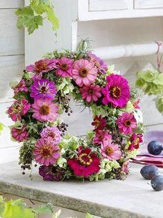Fresh floral wreath beauty of zinnias